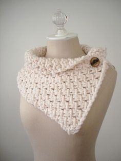 Knitting Pattern / Cowl Chunky Oversized Phydeaux Twist / PDF DIGITAL DOWNLOAD. $6.00, via Etsy.