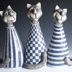 Ceramic Cat Figurines by Sarka hanzalkove Pottery Animals, Ceramic Animals, Clay Cats, Ceramic Wall Art, Black And White Aesthetic, Ceramics Projects, Air Dry Clay, Animal Sculptures, Cat Drawing