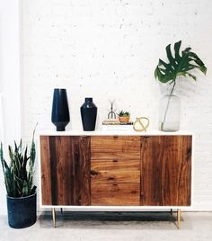 All you need is some wood, white, and plants to make a space looks minimal and aesthetically pleasing.