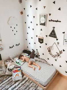 Baby in 2019 - baby room decor, toddler rooms en baby bedroom. Baby Bedroom, Baby Boy Rooms, Baby Room Decor, Girls Bedroom, Kids Rooms, Childrens Bedrooms Boys, Bedroom Ideas, Room Girls, Bedroom Designs
