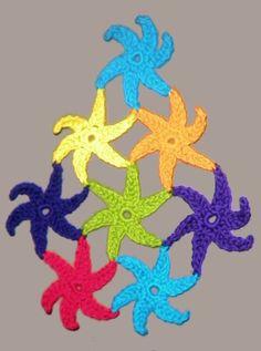 Ravelry: Star Light Star Bright Tutorial pattern by Darlisa Riggs - crochet star Crochet Bows, Crochet Stars, Crochet Afgans, Cute Crochet, Crochet Flowers, Crochet Motif Patterns, Square Patterns, Crochet Appliques, Crochet Decoration