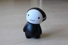 Kuro (Vinyl Toy) by Reactor88, via Flickr.