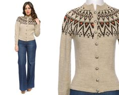 Fair Isle Cardigan Nordic Sweater Beige by GravelGhostVintage Nordic Pullover, Beige Pullover, Handgestrickte Pullover, Nordic Sweater, Beige Sweater, Fair Isle Knitting, Lace Knitting, Norwegian Knitting, Icelandic Sweaters