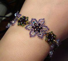 Easy Beaded flower Bracelet