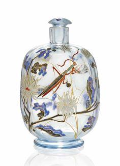 Tendance parfums Emile Gallé Enameled and Engraved Glass Perfume Bottle. Antique Perfume Bottles, Vintage Perfume Bottles, Art Nouveau, Bottles And Jars, Glass Bottles, Wine Glass, Cristal Art, Beautiful Perfume, Bottle Art