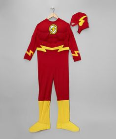 Save any dress-up outfit party from utter disaster with this fantastic Flash outfit! Along with easy on/off closures and an authentic comic-worthy design, this officially licensed set includes everything needed for a great day of make-believe fun.