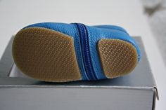 Leren schoentjes van Fitz Kitz Bluetooth, Electronics, Consumer Electronics