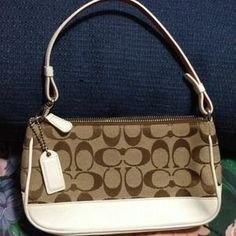 I just discovered this while shopping on Poshmark: AUTHENTIC COACH SHOULDER BAG. Check it out!  Size: Small
