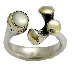 Coquille bague en argent - en argent Sterling et bague en or jaune avec une coquille - rendent la vie extraordinaire.