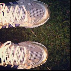 Hoy he estrenado nuevas zapatillas. Run, Amaia, run!