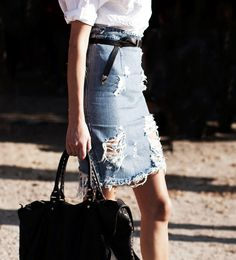 GET THE LOOK:: DISTRESSED DENIM SKIRT | coco kelley