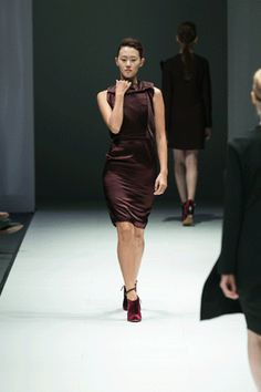Hussein Chalayan Autumn-Winter 2013 at Audi Fashion Festival, Singapore more here http://www.fem.gp/L775D1