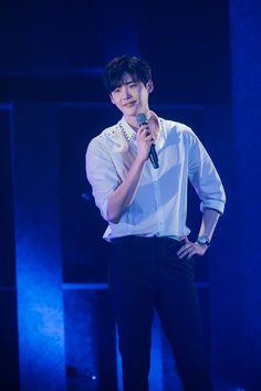 Korean Star, Korean Men, Asian Men, Lee Jong Suk Cute, Lee Jung Suk, Korean Celebrities, Korean Actors, Korean Dramas, Celebs