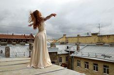 15+новых российских фильмов, вкоторых вынеразочаруетесь Movies Box, White Dress, Wedding Dresses, Outdoor, Films, Geek, Bride Dresses, Outdoors, Movies