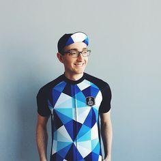 Triangle pattern cycling jersey