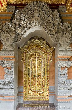 .it's a grand door, but my gawd, the dusting!