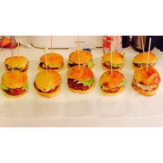 Mini burgers ( pain maison ) poulet pané