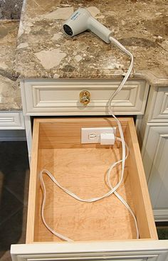 Electric_outlet_in_bathroom_drawer