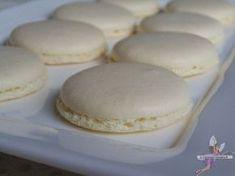 Macarons : la recette parfaite. Recette de cuisine ou sujet sur Yumelise blog culinaire. Plus jamais je ne ferai d'autres recettes ! J'ai trouvé la recette ultra simple, rapide et parfaite en goût et en esthétisme. Voici ma recette fétiche de macarons, l'ultime !