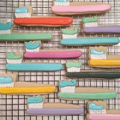 These sweet toothbrushes. | 18 Insanely Clever And Beautifully Decorated Cookies