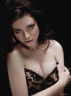 http://besthotgirlspics.com/wp-content/uploads/2012/07/Michelle-Trachtenberg-Maxim-3.jpg