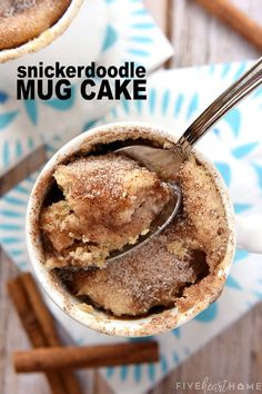 Our new favorite quick dessert! snickerdoodle mug cake bakes up in the microwave in just one minute for a warm cinnamon sugar treat that will satisfy any sweet tooth! joghurt mug cake 5 minuten kuchen aus der mikrowelle Mug Recipes, Sweet Recipes, Cooking Recipes, Cake Recipes, Recipies, Vegetarian Recipes, Mug Cake Microwave, Microwave Recipes, Easy Microwave Desserts