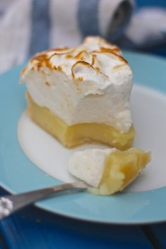 The Ultimate Vegan Lemon Meringue Pie (VEGAN egg free, dairy free, gelatine free, Plant based) Sign up to Plantified.com to get a FREE VEGAN AQUA FABA MOUSSES RECIPE E-BOOK