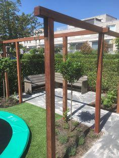 Kindvriendelijke tuin Garden Design Plans, Family Garden, Summer Garden, Deco, Small Spaces, Outdoor Structures, Patio, Places, Gardening
