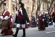 Sardinian Folk Costumes - Costumi Sardi: Olbia/Terranòa