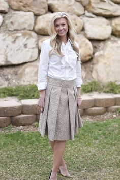 Love this outfit. DIY animal print skirt with ruffled blouse.