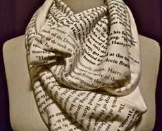 Harry potter quotes infinity scarf.. I need this in my life! HOLY MOTHER OF PEARL!!!! I WANTTTTT THISSSSSSS!!!!!!!!!! I would spend all day reading it!
