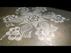 Indian Rangoli Designs, Rangoli Designs Flower, Rangoli Designs With Dots, Flower Designs, Simple Flower Design, Simple Flowers, Alpona Design, Gold Jewelry, Jewelry Necklaces