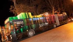 http://www.lemienozze.it/operatori-matrimonio/noleggi_auto_da_cerimonia/fashionbus-roma/media  Un fashion bus per festeggiare il matrimonio: discoteca e cena all'interno