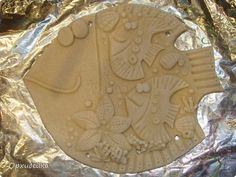 Поделка изделие Лепка Морская семейная рыбулька Тесто соленое фото 6 Diy Clay, Clay Crafts, Pasta Piedra, Biscuit, Beach Items, Ceramic Fish, Salt Dough, Air Dry Clay, Mural Art