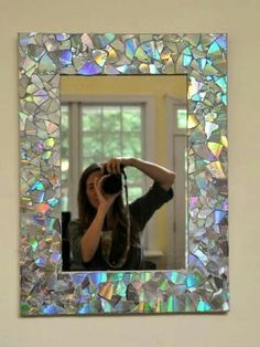 Cd frame for mirrors