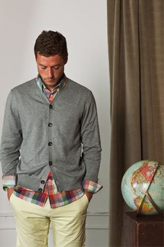 Stylish preppy and smart layered look with a bold plaid top, rolled cuff, gray cardigan and chinos. Sharp Dressed Man, Well Dressed Men, Looks Style, My Style, Style Personnel, Suit Up, My Boyfriend, Swagg, Dapper