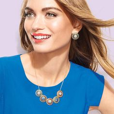 Iconic Necklace and Earring Gift Set http://cbrenda007.avonrepresentative.com http://www.youravon.com/cbrenda007