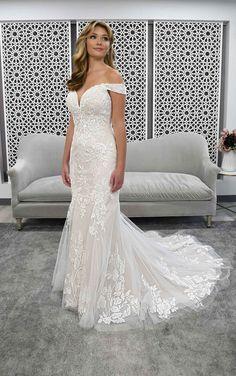 Stella York Wedding Dress Pictures, Wedding Dress Styles, Designer Wedding Dresses, Fitted Lace Wedding Dress, Off Shoulder Wedding Dress, Bridal Gowns, Wedding Gowns, Wedding Bells, Stella York Bridal