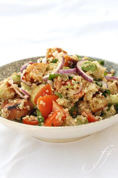 Insalata di quinoa (requires translation but appears to be simple ingredients)