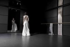 Robe Swan  / Atelier Swan Collection 2016 / Photographe :  Damien Allard (http://www.lestudiowindmill.com/) / MUA : Marie Théodora (https://www.facebook.com/Mary-Th%C3%A9odora-make-up-coiffure-225261497849867/) / Model : Andie_Ke (https://www.instagram.com/andie_ke/)