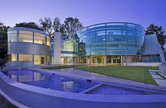 Ugliest mansions on Yahoo/Forbes - I would take any of them and think at least half look cool!