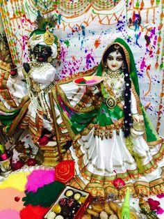 Shree Krishna HD Wallpapers on Shubh Janmashtami Radha Krishna Holi, Jai Shree Krishna, Lord Krishna Images, Radha Krishna Pictures, Krishna Art, Radha Kishan, Shree Krishna Wallpapers, Iskcon Krishna, Holi Images