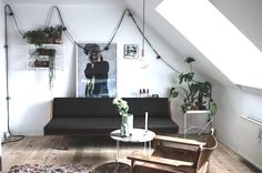 The lovely, relaxed home of a Danish student (via Bloglovin.com )