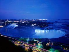 Niagara Falls, Ontario - http://3.bp.blogspot.com/__7s9GUTM-oY/TCzoOcUvCQI/AAAAAAAARjA/KDKrZ2ezjEA/s1600/on+Niagara_Falls_At_Night,_Ontario,_Canada.jpg