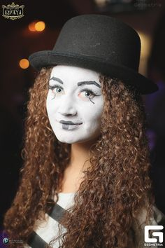 Mime Makeup, Clowns, Party, Fashion, Moda, Fashion Styles, Imperial Crown, Parties, Fashion Illustrations
