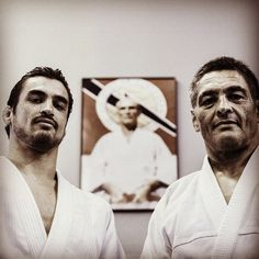 wedojiujitsu: Kron Gracie with his father Rickson Gracie. Direct son and grandson of Helio Gracie. Professor Anibal Lobo who teaches at RCW has taken private lessons with both of them. Kron Gracie, Helio Gracie, Ju Jitsu, Thigh Exercises, Brazilian Jiu Jitsu, Boxing Workout, Aikido, Judo, Taekwondo