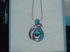 LOOK!!!!! A BEAUTIFUL STERLING SILVER GENUINE BLUE TOPAZ AND AUSTRALIAN BLUE OPAL AND TOPAZ NECKLACE