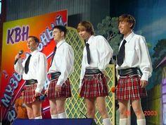 Guys In Skirts, Boys Wearing Skirts, Man Skirt, Dress Skirt, Modern Kilts, Men In Heels, Tennis Skirts, Men In Kilts, Androgynous Fashion