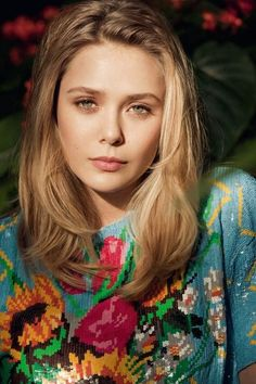 elizabeth olsen -- I absolutely love this natural blonde color, I might go darker for this look!