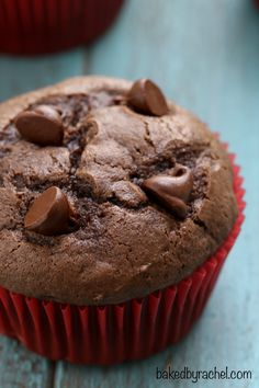 Moist double chocolate muffin recipe from @bakedbyrachel